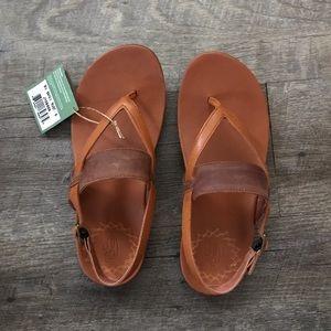New Chaco Maya II Rust Sandals size 8